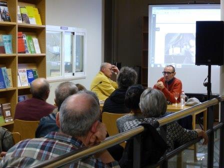 Pluma-y-camara-biblioteca-museu-etnologia-etnobloc_comprimida